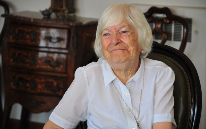 Susana Sienra Burmester de Ferreira, en 2012, después de ser declarada Ciudadana Ilustre de Montevideo. Foto: La República.