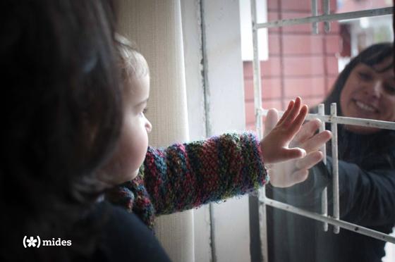"""Documento """"El cuidado en diálogo"""", Foto: MIDES."""