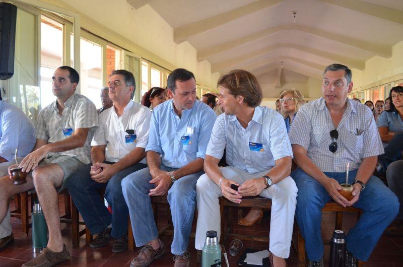 Lacalle Pou en diciembre de 2013 definiendo su candidatura en convención de herreristas de UNA. Foto: El País.