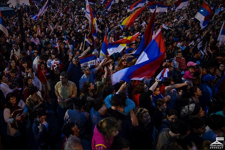 Acto de las redes frenteamplistas. Foto: Flickr Frente Amplio.