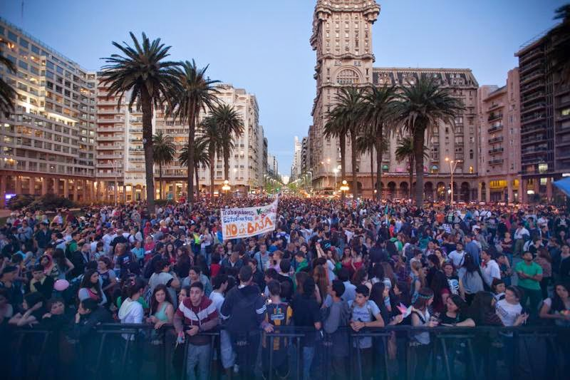 Marcha contra la baja de la edad de imputabilidad. Foto: Comisión Nacional No a la Baja.