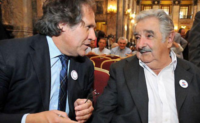 Luis Almagro y José Mujica. Foto: Espectador.com