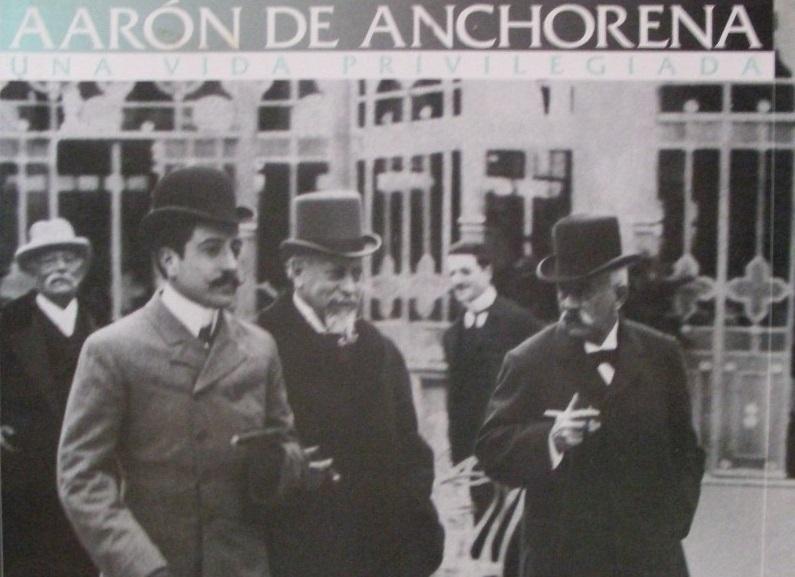 Tapa del libro Aarón de Anchorena, una vida privilegiada, del autor Napoleón Baccino, por encargo del presidente Sanguinetti. Foto: Mercadolibre.
