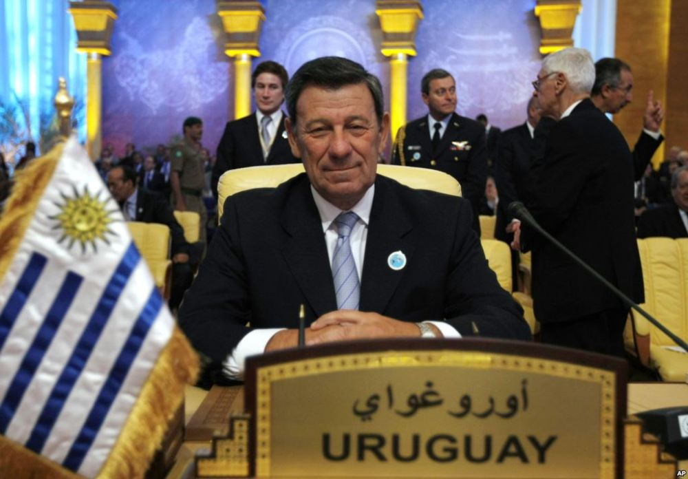 Canciller uruguayo Rodolfo Nin Novoa.