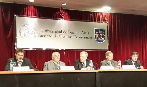 José Mujica en Universidad de Buenos Aires. Foto: Prensa UBA.