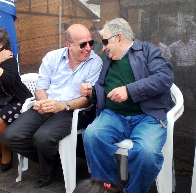 Mujica con Germán Coutinho. Foto: Diario Cambio, de Salto.