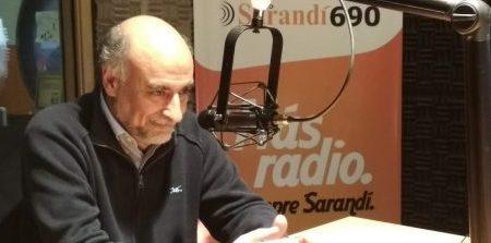 Pablo Mieres entrevistado por el programa Al Pan, Pan, de Radio Sarandí. Foto: web de la radio.